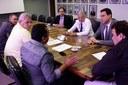 Executivo e Legislativo Municipais acompanhados do Deputado Estadual Douglas Melo, em reunião no DER-MG com seu Diretor: Dr. Célio Dantas.